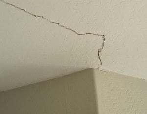 ceiling crack